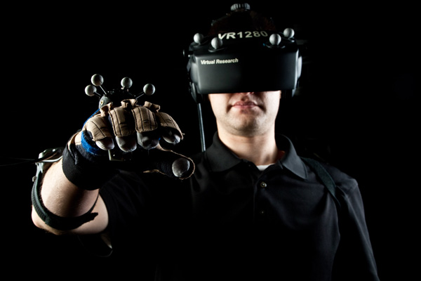 AMD Talks About Virtual Reality of Today & What's Missing
