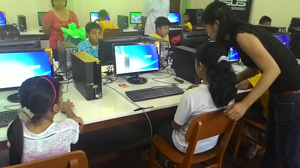 ASUS Foundation & ADOC Opens E-Learning Facility At Tacloban