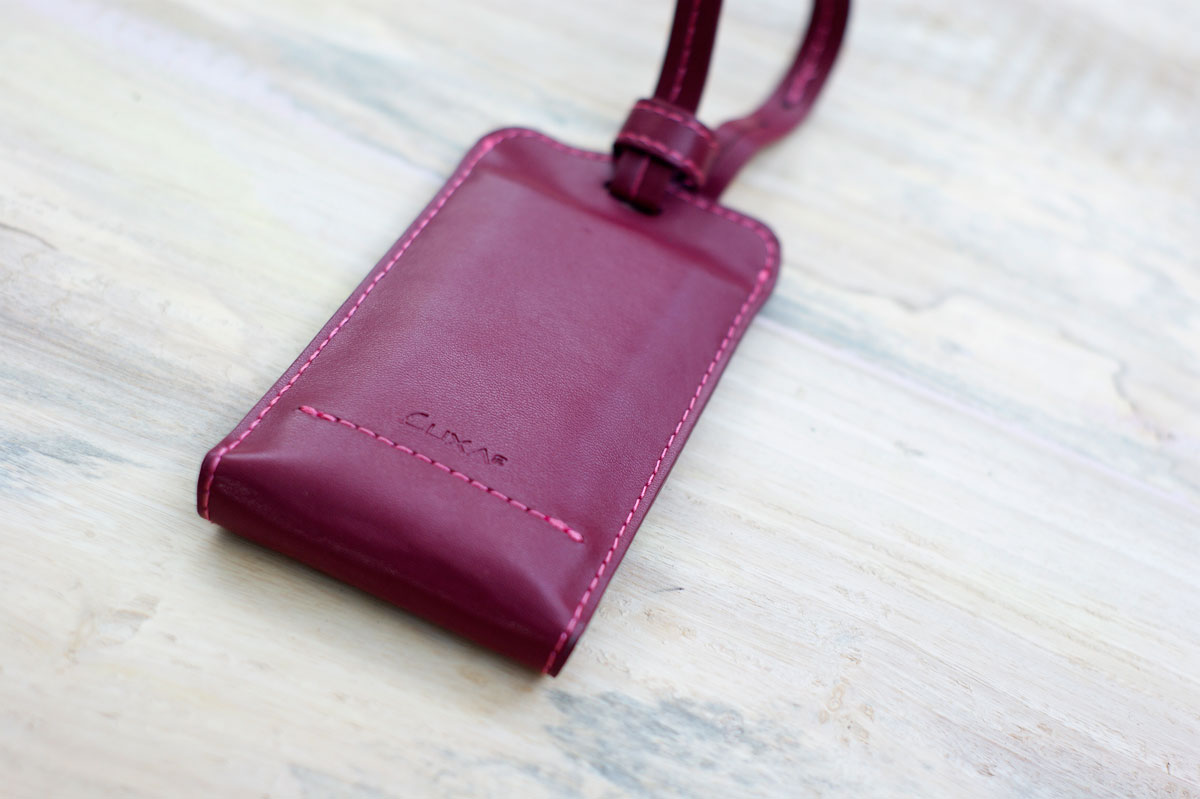 LUXA2-PL1-Leather-Power-Bank-5