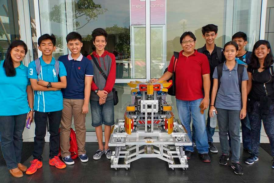 World Renowned Arduino Day Celebrated In Manila