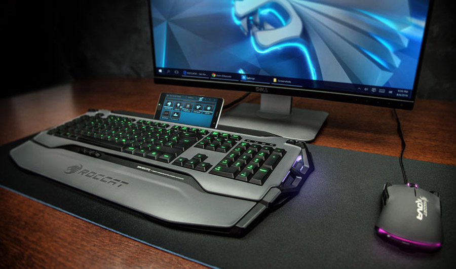 ROCCAT Unveils Skeltr Keyboard With Smartphone Dock