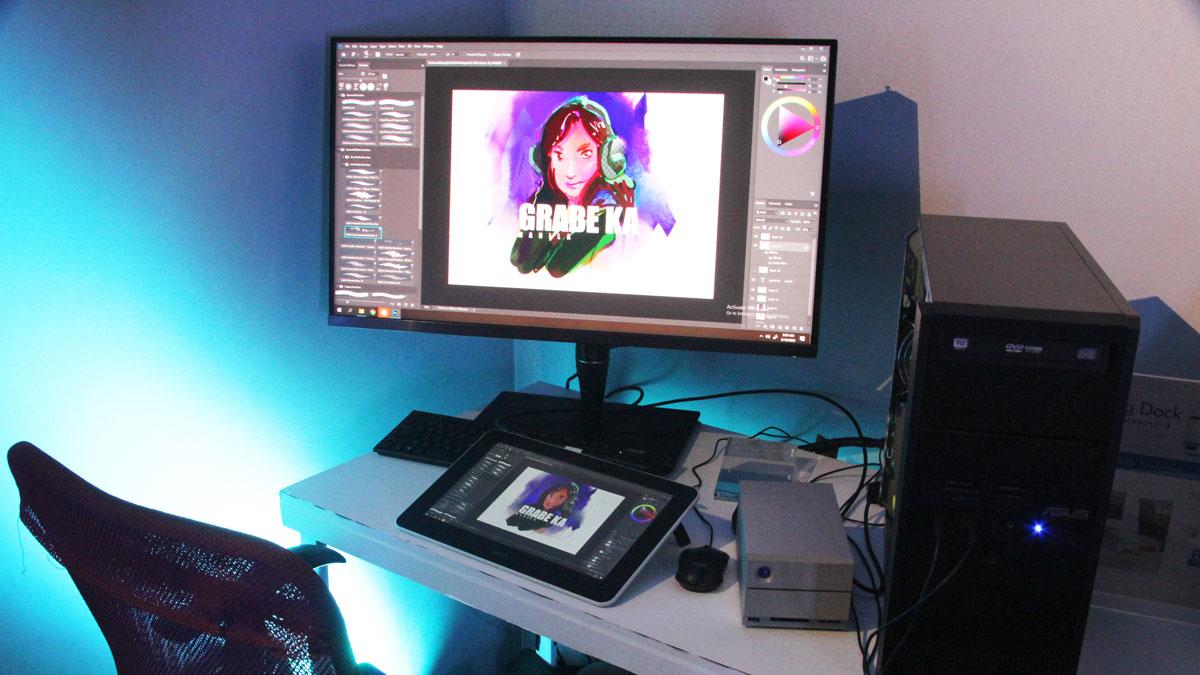 Ten Benefits of Being a Freelance Graphic Artist