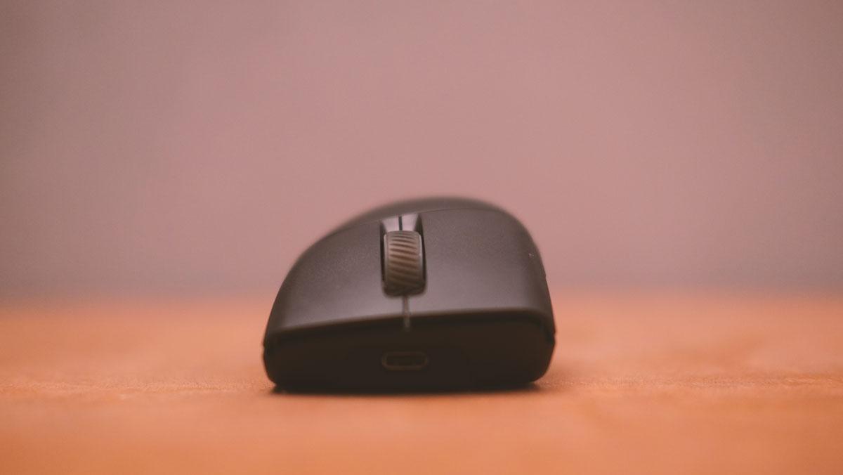 ASUS ROG Keris PBT Mouse Images 4