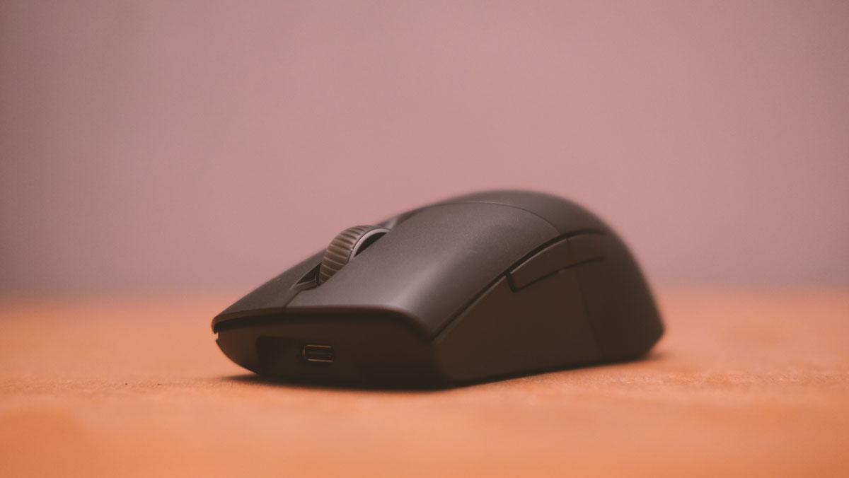 ASUS ROG Keris PBT Mouse Images 6