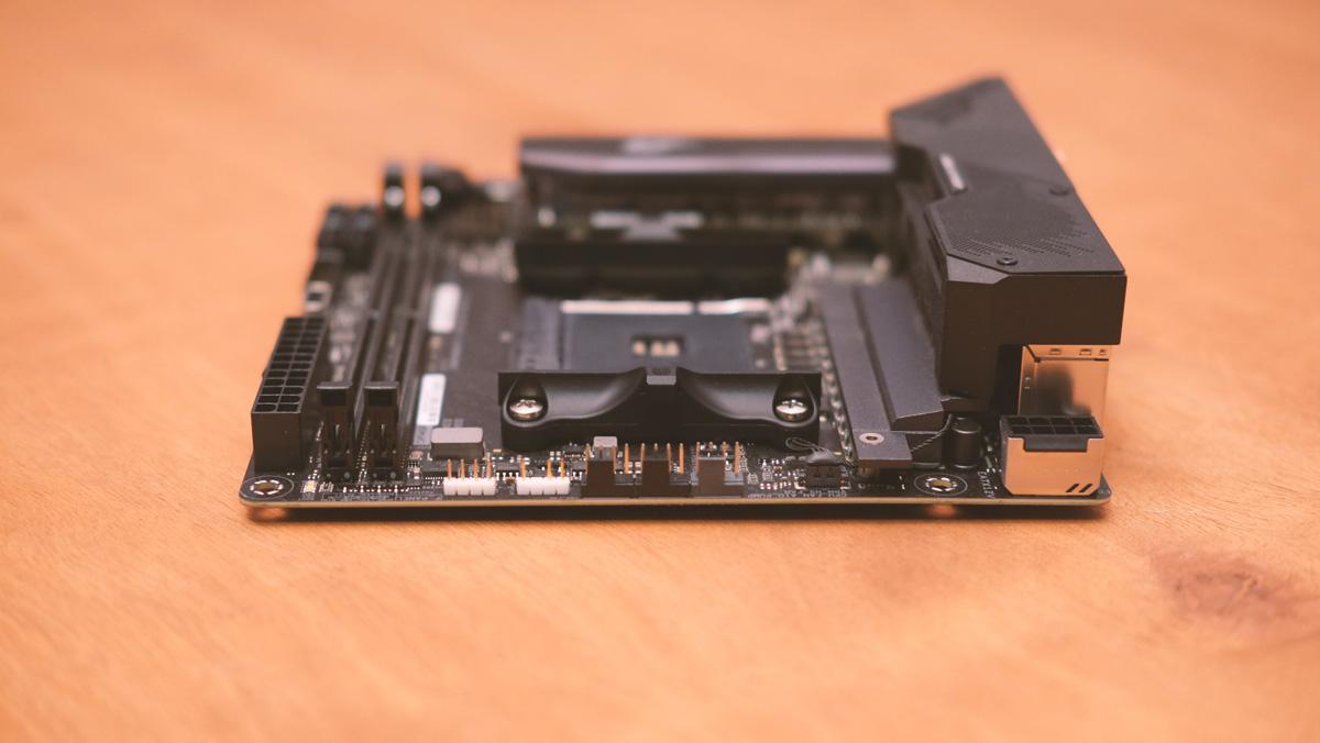 ASUS ROG Strix B550 I Gaming Images 6