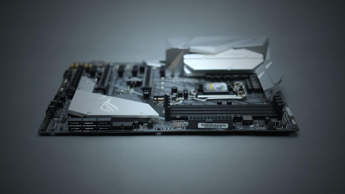 ASUS-ROG-Strix-Z370-E-Gaming-6