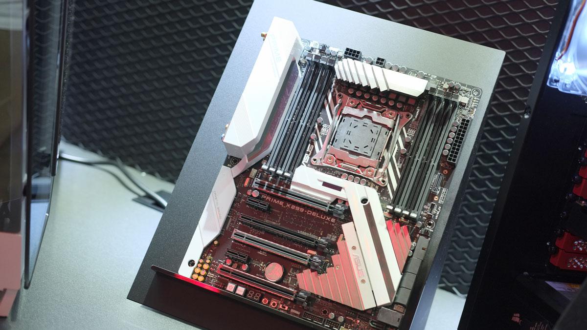 ASUS-X399-X299-Motherboard-Computex-2017-4
