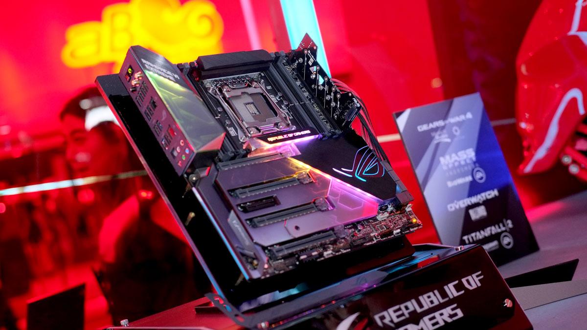 ASUS-X399-X299-Motherboard-Computex-2017-5