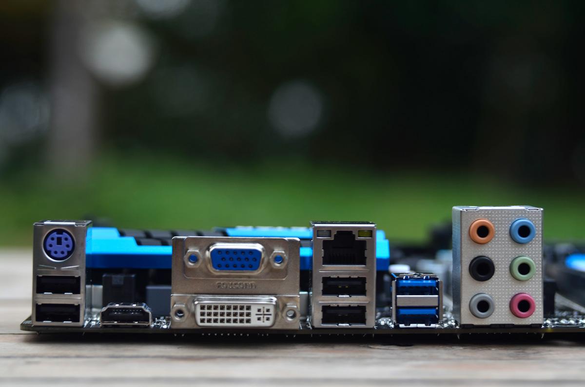 BIOSTAR-Hi-Fi-A88W-3D-11