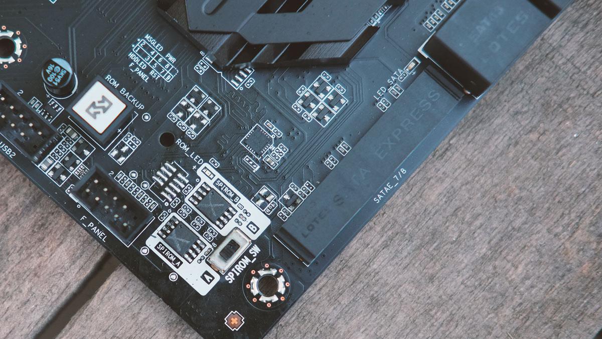 ECS-Z170-Lightsaber-Motherboard-6