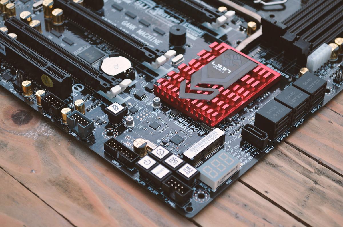 ECS-Z87H3-A2X-EXTREME-14