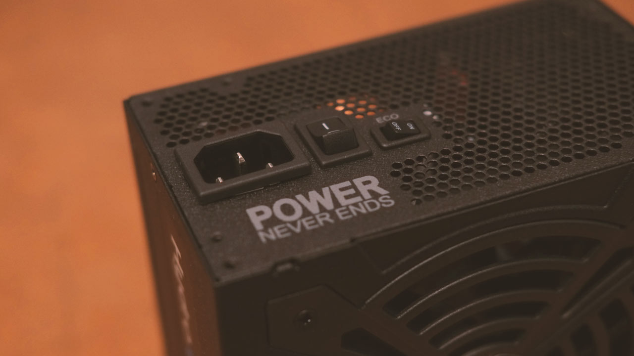 FSP Hydro G PRO 750W Review 9