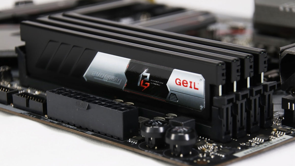 GeIL Outs EVO SPEAR Phantom Gaming Edition DDR4 for SFF Systems