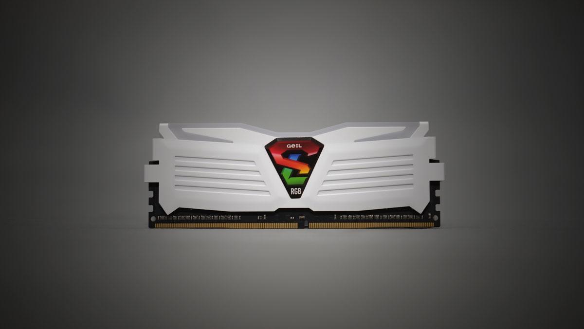 GEIL-Super-Luce-RGB-Sync-4