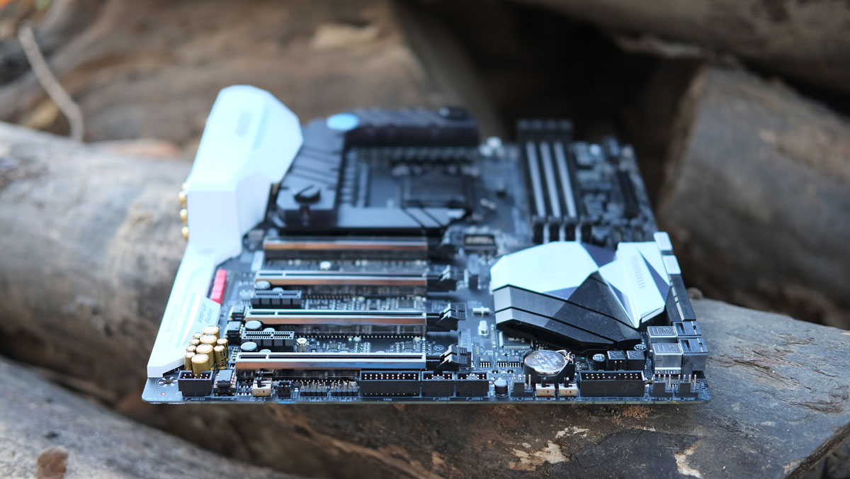 GIGABYTE-Z270X-Gaming-9-Images-4
