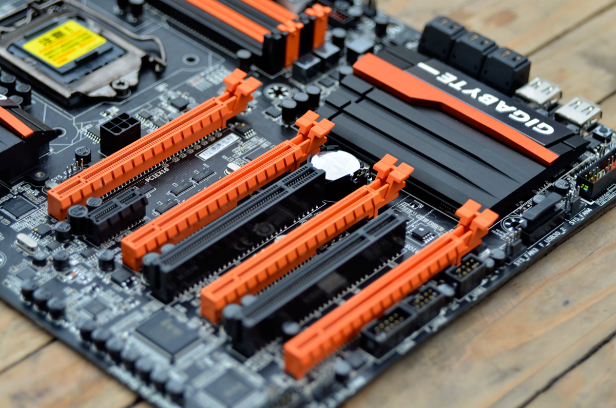 GIGABYTE-Z87X-OC-Motherboard-Review-11
