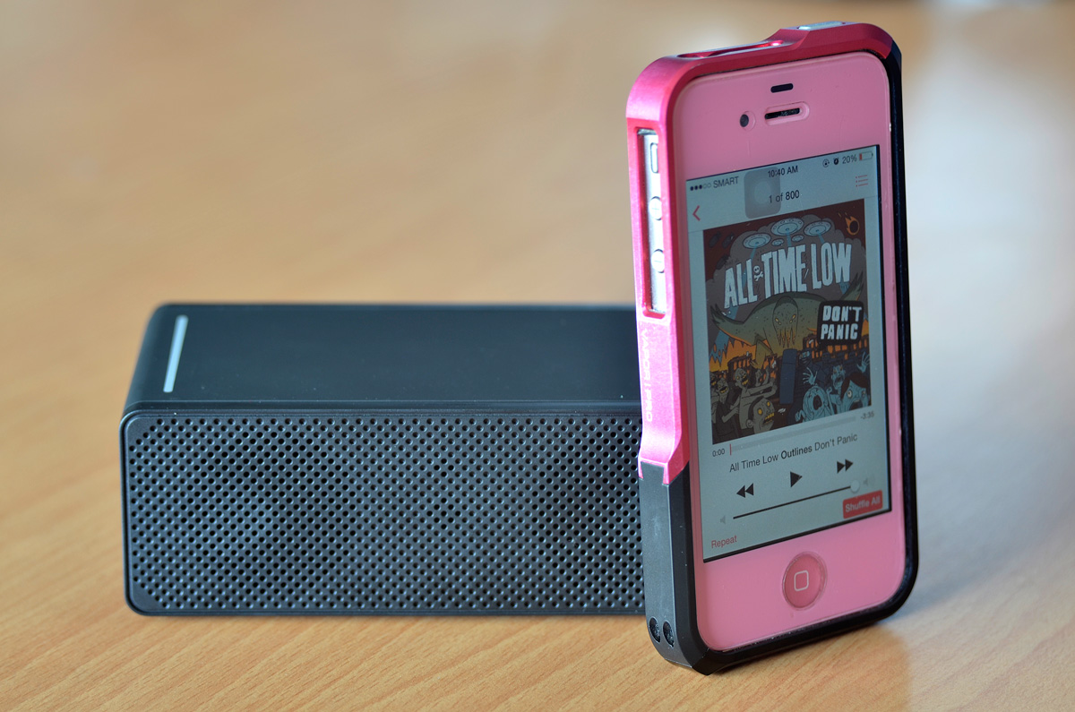 Luxa2 GroovyT Magic Boom Box Speaker Review