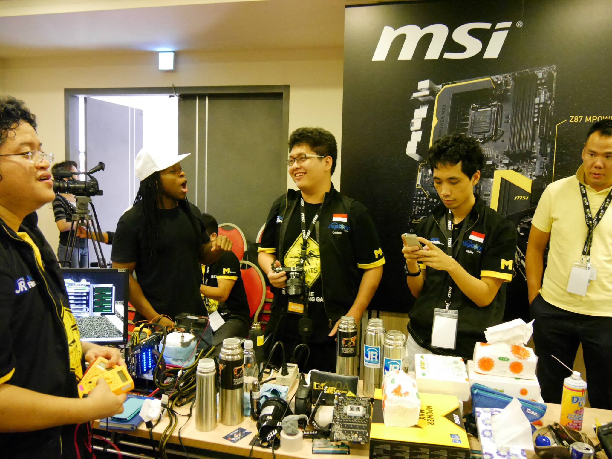 MSI-MOA-2013-Grand-Finals-PR-2