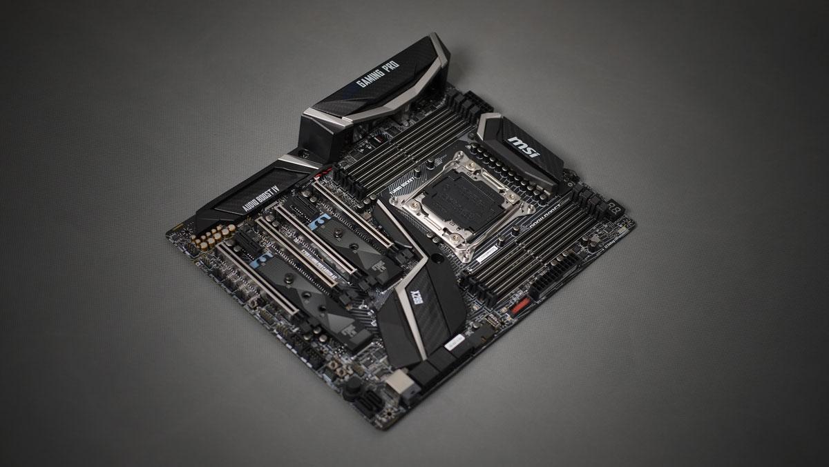 MSI-X299-Gaming-Pro-Carbon-5