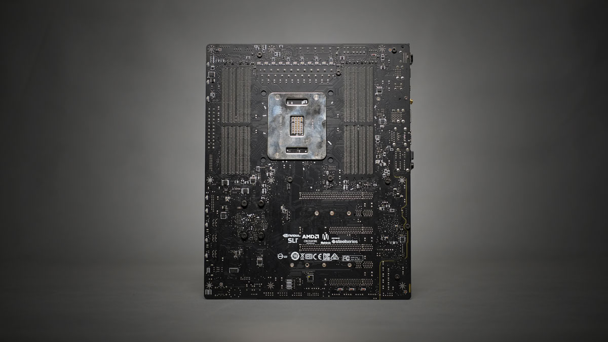 MSI-X299-Gaming-Pro-Carbon-8