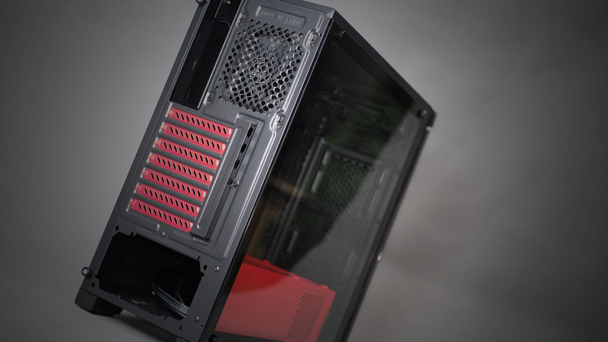 OMEGA-Sapphire-RGB-Case-Review-13