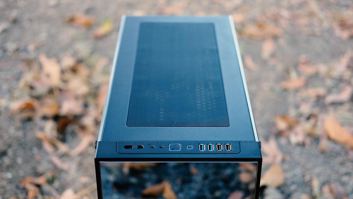 OMEGA-X6-TITAN-Glass-Case-Review-1