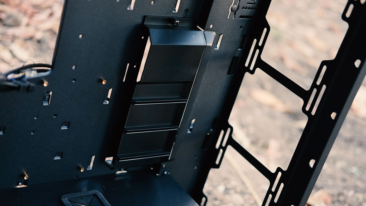 OMEGA-X6-TITAN-Glass-Case-Review-10