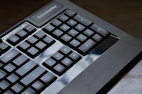 SteelSeries-APEX-RAW-Gaming-Keyboard-6