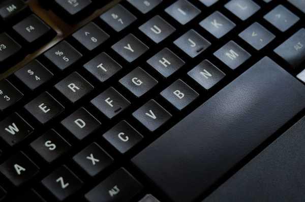 SteelSeries-APEX-RAW-Gaming-Keyboard-8