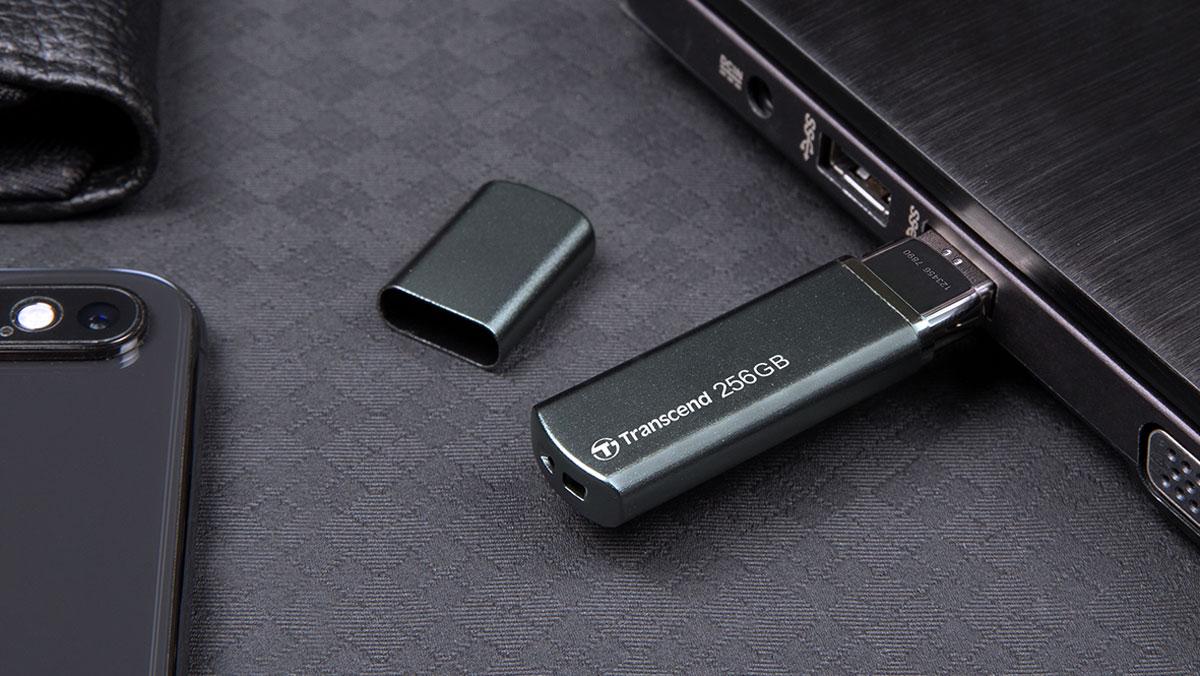 Transcend Releases JetFlash 910 High Performance Flash Drive