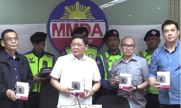 Transcend Donates Body Cameras to MMDA Enforcers