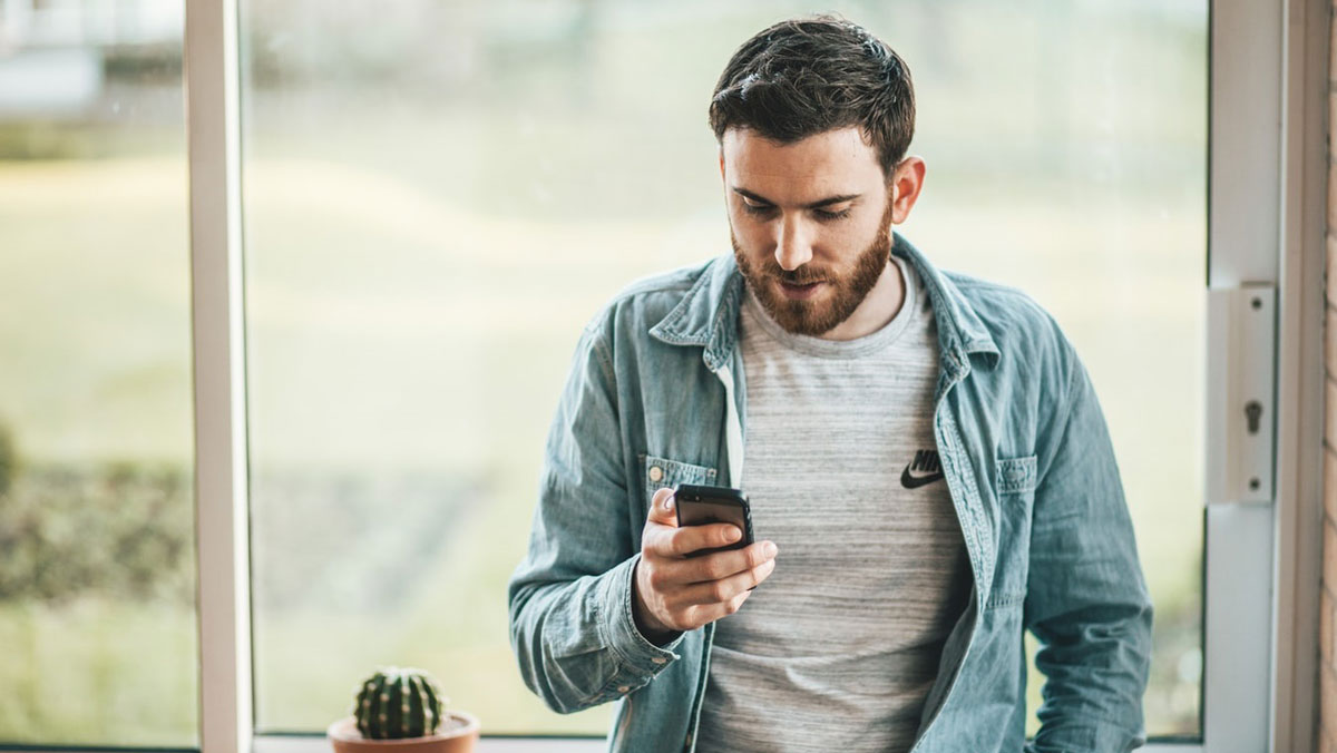 Why Mobile Betting Is Becoming More Popular Nowadays